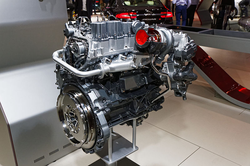 land rover engine 2015