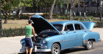 Signs That Your Car Needs Professional Attention