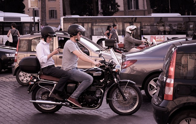Heavy Traffic Tips For Motorcyclists